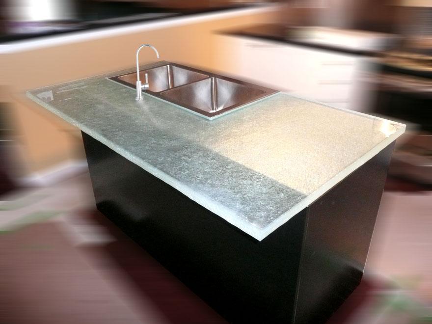 Textured glass island kitchen cbd glass for Ultraglas kitchen countertops