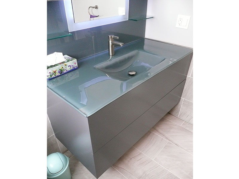 bathroom glass backpainted sink. Contemporary design