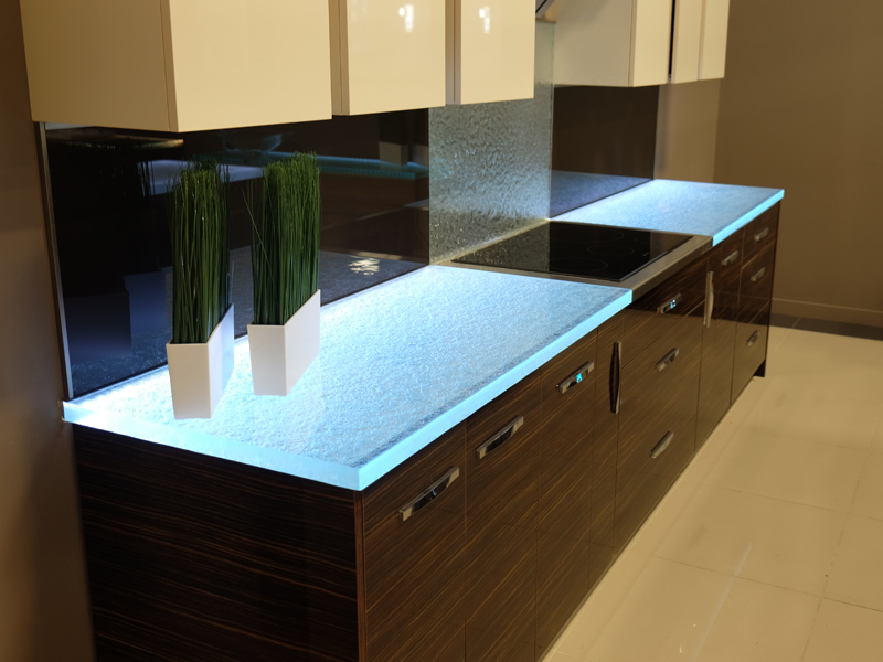 Kitchen glass countertop practical glass solutions cbd for Glass kitchen countertops