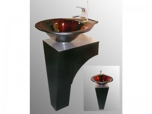 Lucia with Wood pedestal