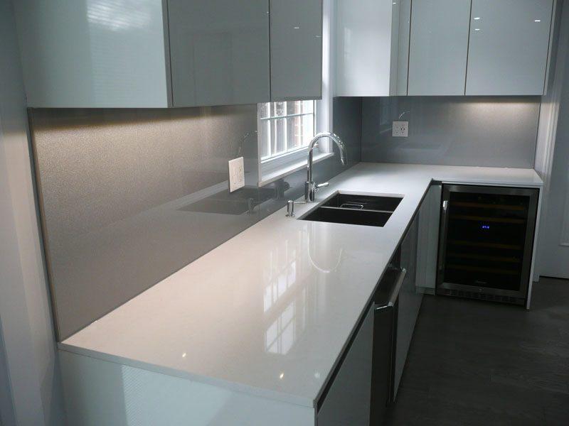 Perfect KITCHEN GLASS BACKSPLASH (BSPL30)