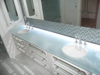 "Glass countertop ""white onyx"" glass (BC 12)"