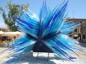 Glass-comet-sculpture-in-Murano