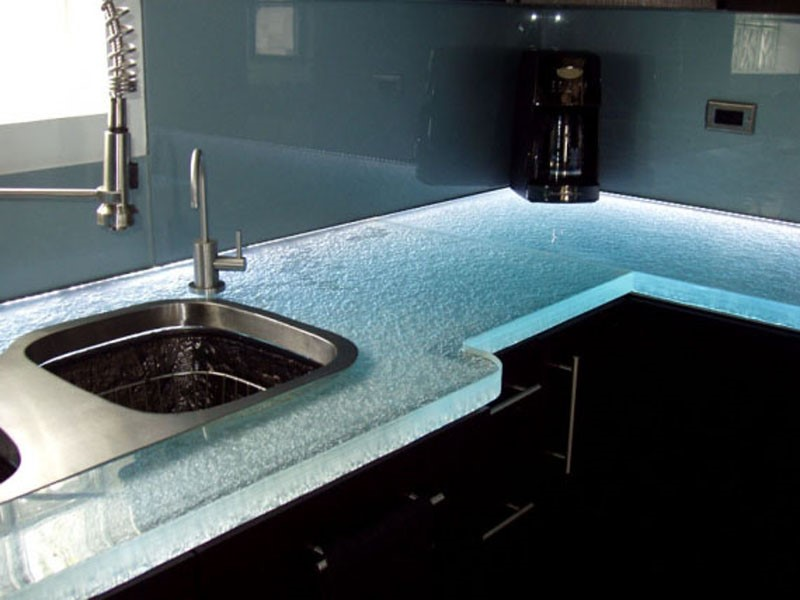 5 Unlike The Above Pairings Below Gl Countertop And Backsplash Have Identical Back Painted